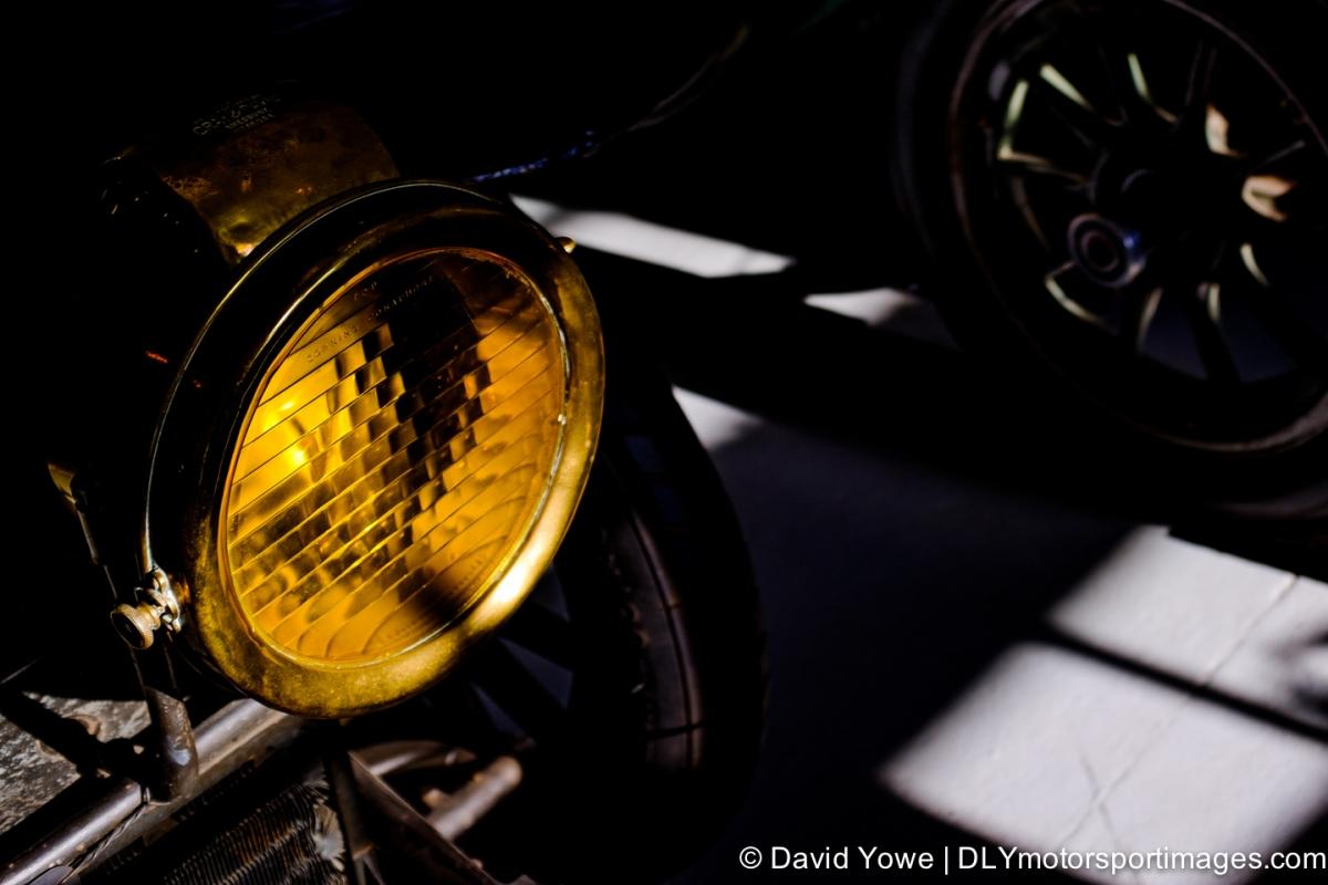 2014 Larz (1906 Charron-Girodot et Voight Corning Conaphore headlight)