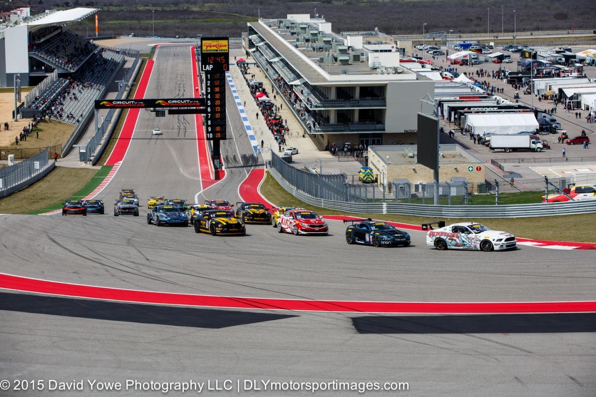 2015 COTA (GTS Race #1 start)
