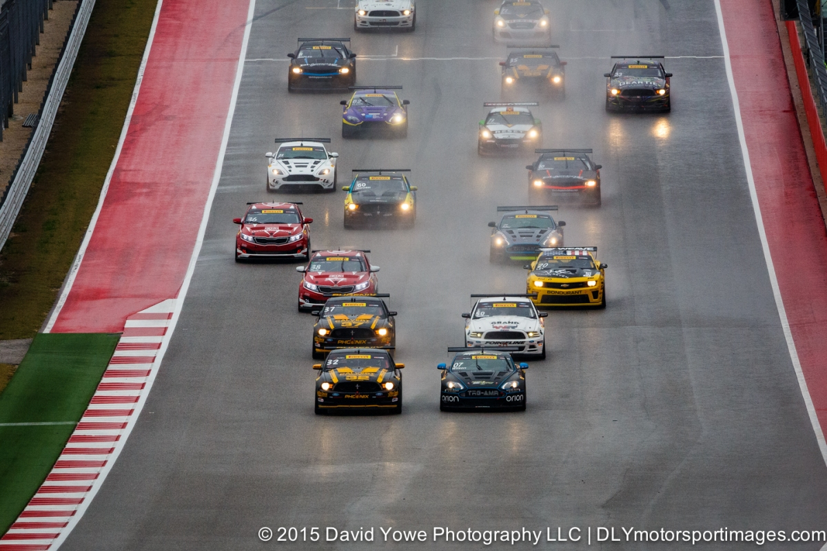 2015 COTA (GTS Race #2 start)
