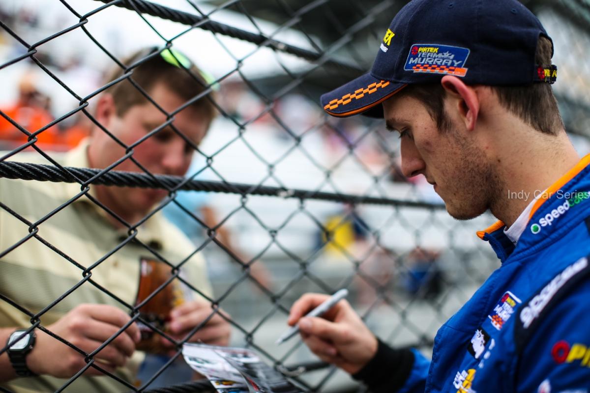 2016 Indy 500 (DLY-1635)
