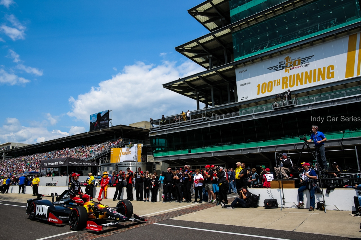 2016 Indy 500 (DLY-1877)